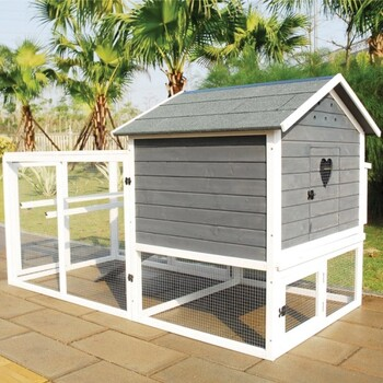 You & Me Chicken House with Run