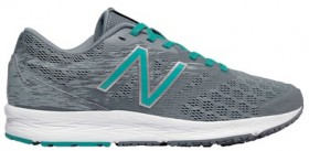New-Balance-Womens-Flash-Runners on sale
