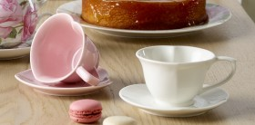 25-off-NEW-Kitch-Co.-Mothers-Day-Heart-Cup-Saucer-Set on sale
