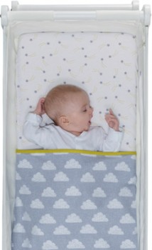 Snuzpod-Bassinet-Bedding-Set on sale