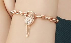 9ct-Rose-Gold-19cm-Solid-Belcher-Diamond-Padlock on sale