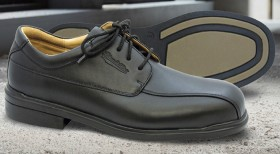 Blundstone-780-Executive-Lace-Up-Safety-Shoes on sale