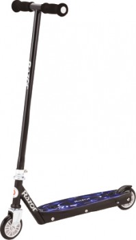 Razor-Tekno-Scooter on sale