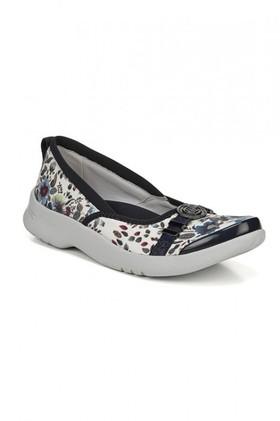 Bzees-Aspire-Sneaker on sale