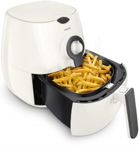 Philips-Daily-Airfryer-with-Handle on sale