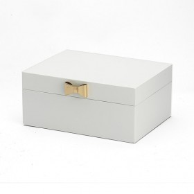 Harlow-White-Jewellery-Box-with-Gold-Tone-Bow on sale